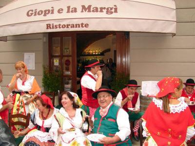 Ol Giopi e la Margi ristorante abiti della tradizione